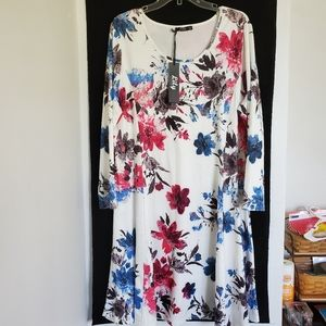 Lilly/ Floral dress